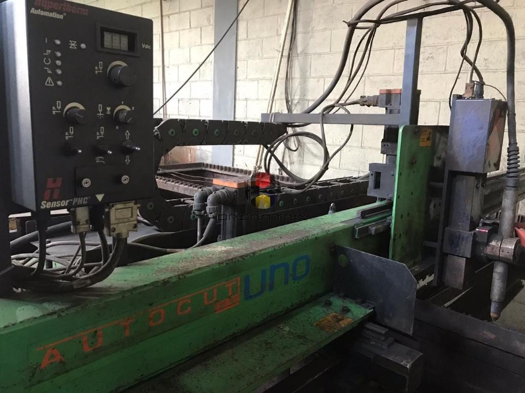 Foto: MAQUINA DE CORTE PLASMA CNC WHITE MARTINS AUTOCUT 2.5 UNO